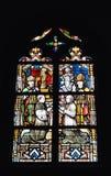污迹玻璃窗在圣徒Gery教会里  免版税库存图片
