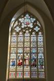 污迹玻璃窗在圣徒Salvator大教堂里 免版税库存照片