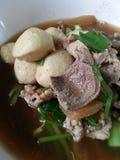 汤姆薯类汤用被炖的猪肉 免版税图库摄影