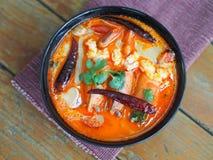 汤姆Kung,酸大虾汤 库存图片