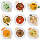 汤汤的汇集在被隔绝的杯子蕃茄菜面条的 免版税库存图片