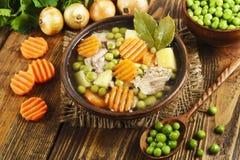 汤用绿豆和肉 免版税库存图片