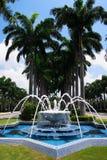汶莱喷泉清真寺掌上型计算机 免版税图库摄影
