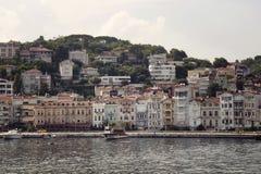 汽艇和游艇,大厦看法  库存图片