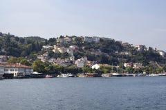 汽艇和游艇, Bosphorus看法  免版税库存图片