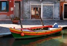汽艇在Burano 库存图片