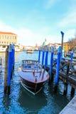 汽艇Venezia市运河 免版税库存图片