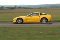 汽车体育运动黄色 免版税库存照片