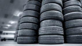 汽车使用的栈轮胎 免版税库存照片