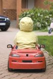 汽车儿童驱动 库存照片