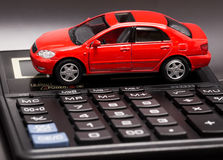 汽车和计算器 免版税库存图片
