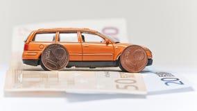 汽车和金钱 库存照片