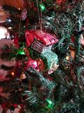 汽车圣诞节装饰品 图库摄影