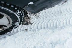 汽车在冬天 图库摄影