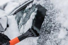 汽车在冬天 免版税图库摄影