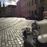 汽车在布拉格 免版税库存图片