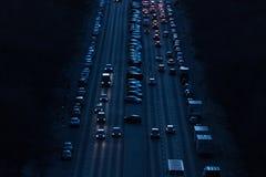 汽车在柏林德国strees的晚上  免版税图库摄影