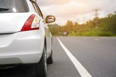汽车在街道上停放 免版税图库摄影