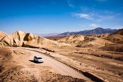 汽车在死亡谷 图库摄影