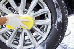 汽车干净的水管设备海绵洗涤 免版税库存照片