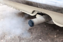 汽车排气管 免版税库存照片
