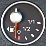 汽车接近的燃料表 免版税库存照片