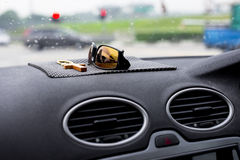 汽车控制台控制板电子仪器航海 库存照片