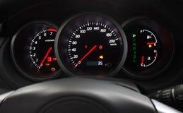 汽车控制板发光 免版税图库摄影