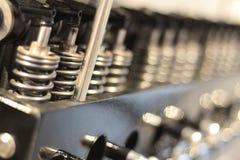 汽车有齿轮的汽车传动箱 免版税库存照片