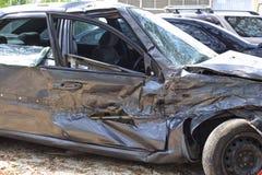 汽车汽车极大冲突的失败有高速公路被冰的速度 库存图片