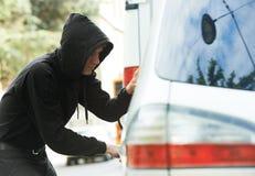 汽车汽车窃取的窃贼夜贼 库存图片