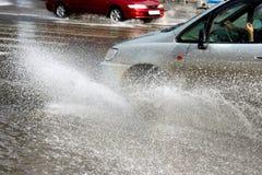 汽车洪水 库存照片
