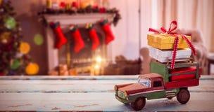 汽车玩具的综合图象木表面上的 免版税图库摄影