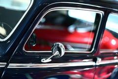 汽车的外部细节 响铃圣诞节设计要素 库存照片
