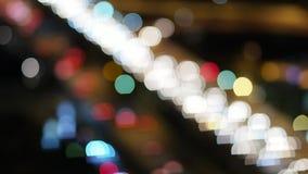 从汽车的迷离光在明确途中 影视素材