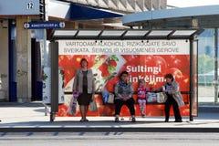 汽车站在2014年4月26日的维尔纽斯市中心 图库摄影