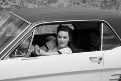 汽车经典之作女孩 免版税库存图片