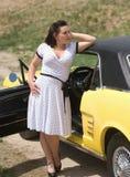 汽车经典之作女孩 免版税库存照片