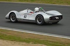 汽车经典f5000 m1a mclaren赛跑速度 库存照片