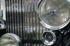 汽车老定位程序前面 免版税库存照片