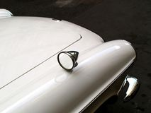 汽车老白色 库存照片