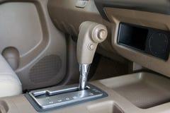 汽车自动传输齿轮  免版税图库摄影
