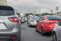 汽车行用交通堵塞 图库摄影