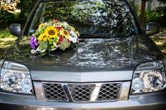 汽车装饰了婚礼 免版税库存照片