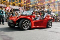 汽车逗人喜爱的红色 库存照片