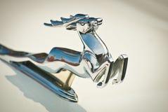 汽车镀铬物gaz徽标苏联葡萄酒伏尔加&#2782 库存图片