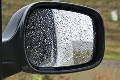 汽车镜子 免版税库存图片