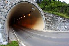 汽车隧道 库存图片