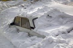 汽车雪 免版税库存照片