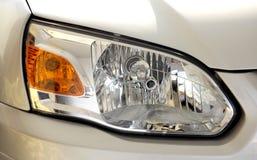 汽车顶头闪亮指示 免版税库存照片